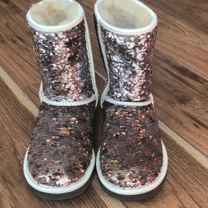 d145e8028795 UGG. Authentic UGG Short Champagne Sequin Boots